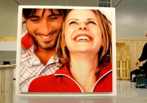 reclamebord presentatiewand living for all
